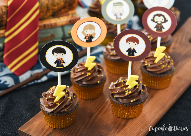 Harry Potter Cupcakes with Printable Toppers are great for a Harry Potter birthday party or even a Halloween party!