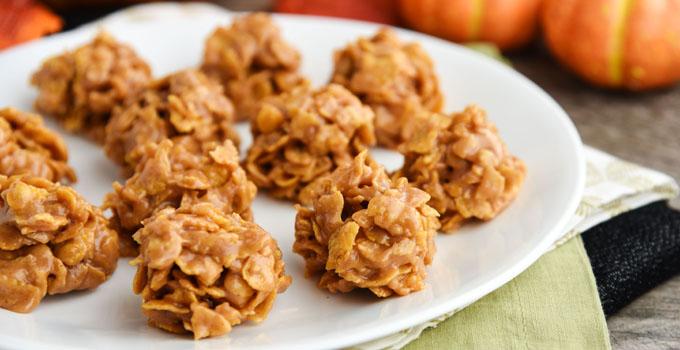 No-Bake Pumpkin Spice Peanut Butter Cookies