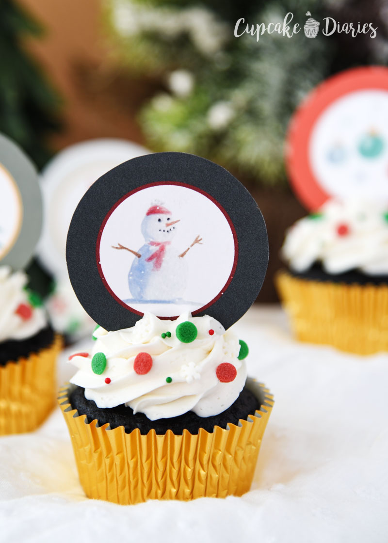 Rudolph has many friends, including a snowman! Get these free toppers to put on your cupcakes this Christmas!