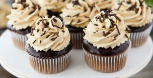 Chocolate Peanut Butter Cupcakes with Peanut Butter Frosting