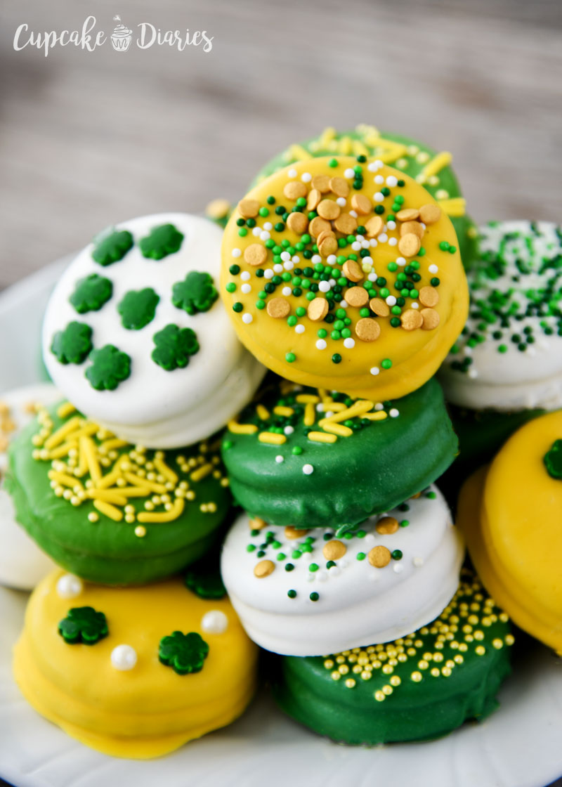Dipped Oreos for St. Patrick's Day