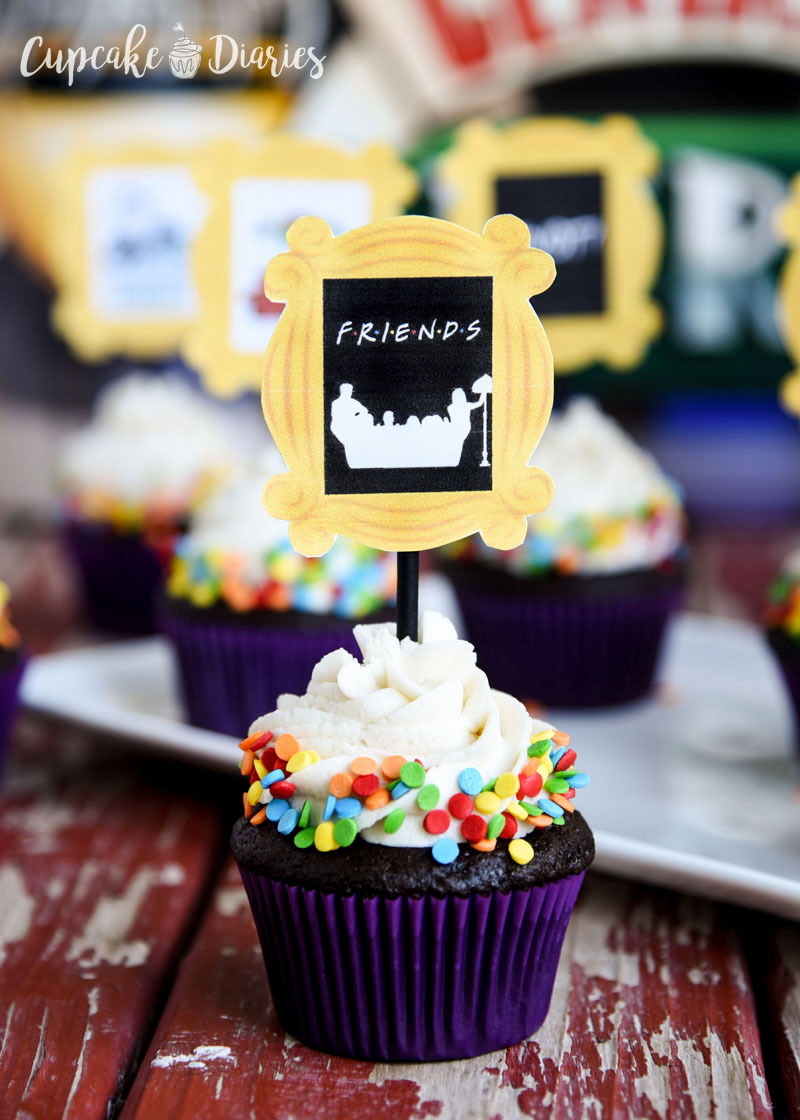 Every Friends fan needs to experience these cupcakes and adorable toppers!