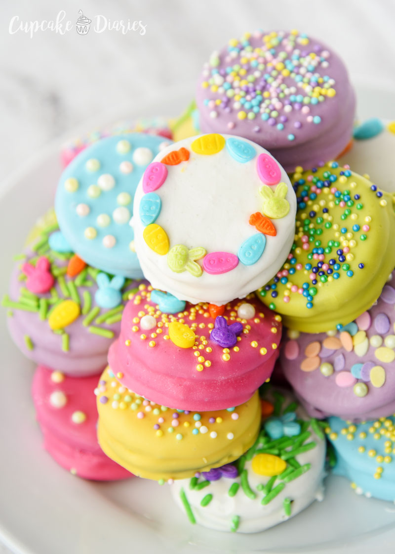Oreos dipped and decorated for Easter!
