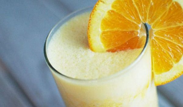It's so easy to make Orange Julius at home! Only a few ingredients needed!