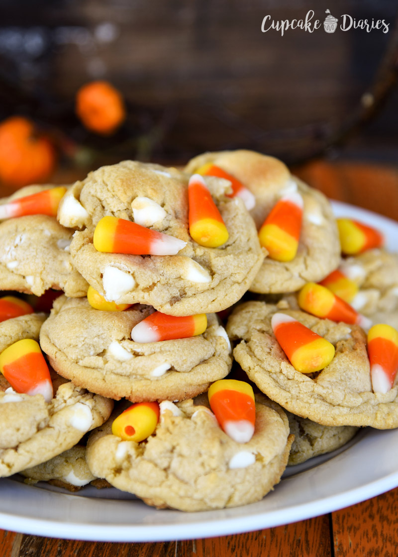 White Chocolate Candy Corn Cookies are the perfect treat for fall!